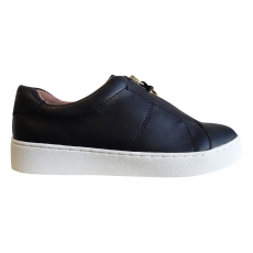 .ELIIS SLIP-ON SNEAKER *CLEARANCE PRICED*