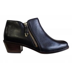 JOLENE BOOTIE *CLEARANCE PRICED*